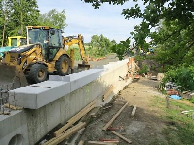 Uzavřená silnice v Radvánovicích bude od 29. června opět průjezdná