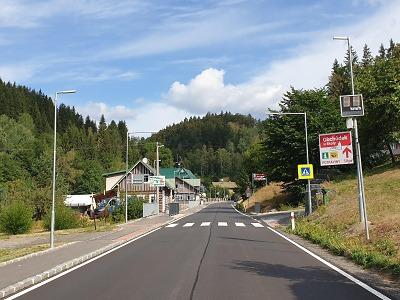 Dokončili opravu silnice ve Vítkovicích, finišují v Hrabačově a Jilemnici