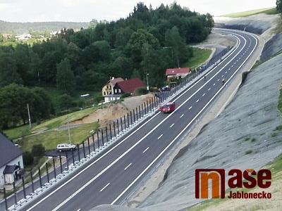 Obrazem: Jak vypadá nová silnice z Liberce do Jablonce před otevřením