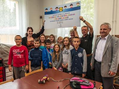Děti ve Středisku volného času Mozaika Železný Brod dostaly 50 tisíc