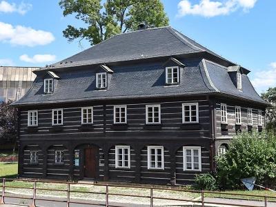Šolcův dům: kulturní památka unikla demolici, sídlí v ní ochranáři