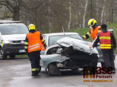 VIDEO: V Bakově nad Jizerou se srazil vlak s osobním autem