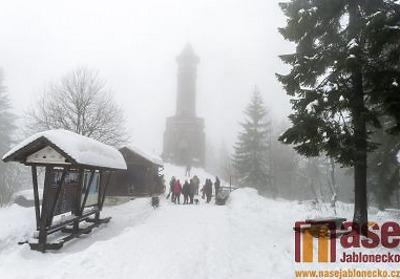 Obrazem: Tradiční novoroční výstup na Štěpánku v roce 2019