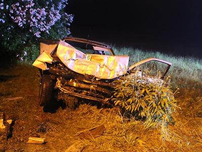 Stopař nastoupil ve Slané do špatného auta. Řidička se rozhodla zabít
