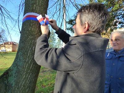 Stromy svobody se sázely i k oslavě sametové revoluce