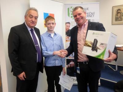 Žáci za znalosti o internetové bezpečnosti dostali hodnotné odměny