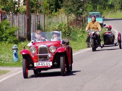 FOTO: Historické tatrovky projížděly Českým rájem