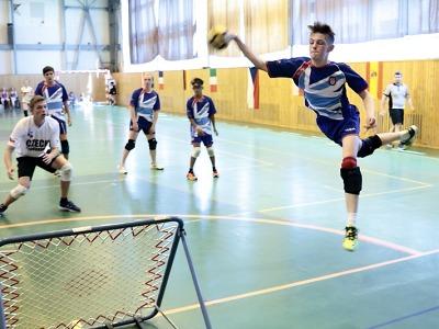 Evropští tchoukballisté hráli v Jičíně i za účasti hráčů z Lomnice