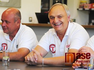 Turnovští hokejisté představili nového trenéra i realizační tým