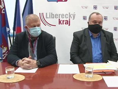 Pokles koronaviru se snížil, v Libereckém kraji začali testovat učitele