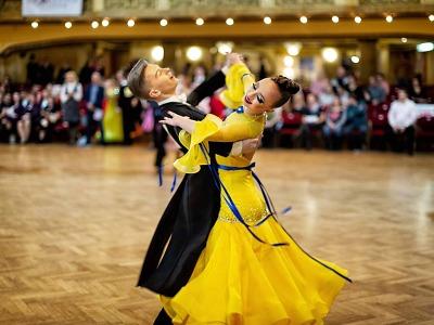 Úspěch juniorského tanečního páru TK Koškovi na mezinárodní soutěži