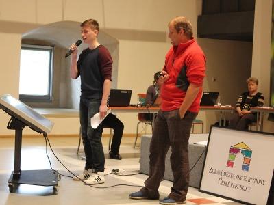 Turnovský Parlament mládeže prezentovali v Litoměřicích