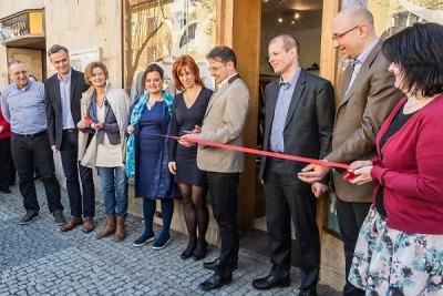 V Turnově otevřeli první charitativní obchůdek ADRA v Čechách