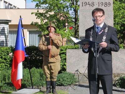 Turnovský starosta opět vyhlásil kampaň Vyvěsme vlajku pro republiku