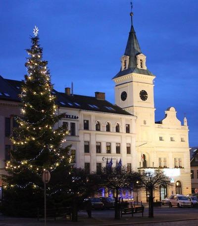 V Turnově se už připravují na rozsvícení vánočního stromu