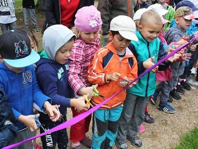 Děti otevřely park s hřištěm v Metelkových sadech v Turnově