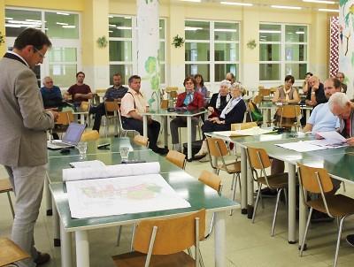 V září se starosta Turnova sešel s obyvateli v ZŠ Žižkova