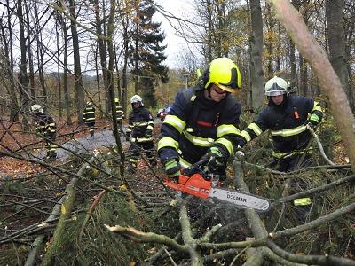 Jak zasahovali po silném větru hasiči na Turnovsku