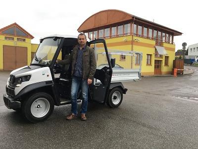 Technické služby Turnov získaly první ekologické vozidlo