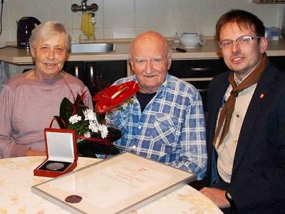 Medaile starosty města Turnov pro Vratislava Tomáška