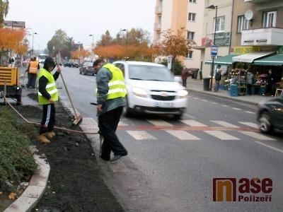 Kraj dává obcím pozemky na vybudování chodníků
