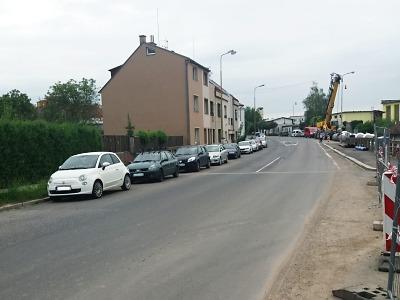 Nově je omezeno parkování v části Nádražní ulice v Turnově