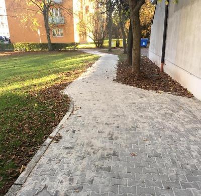 Opravili chodník na turnovském sídlišti u Nádraží