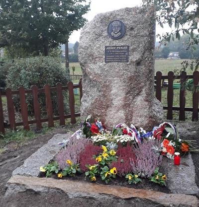 Oslavy historika Josefa Pekaře proběhly na Malém Rohozci