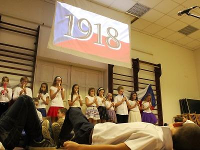 Děti ze ZŠ Mašov v Turnově slavily 100 let republiky