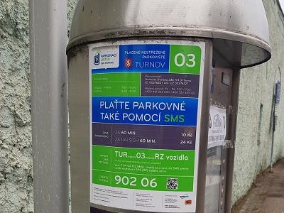 Kde všude se dá v Turnově parkovat a kolik zaplatíte?