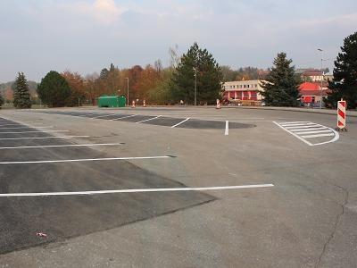 Parkoviště v Turnově Na Lukách se rozrostlo o 76 nových míst