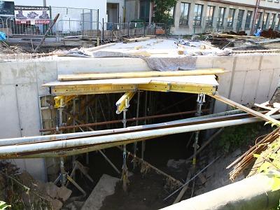 V Přepeřské ulici v Turnově se pracuje na propojení mostek - viadukt