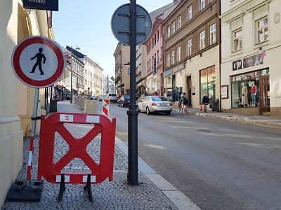 Začaly výkopové práce v Hluboké ulici v Turnově
