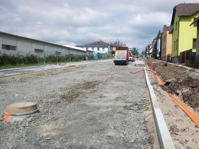 Turnovskou Nádražní ulici čeká první asfalt