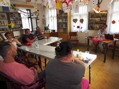 Obyvatelé Malého Rohozce diskutovali s turnovským starostou