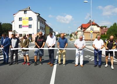Zrekonstruovaná silnice II/610 se dočkala slavnostního otevření