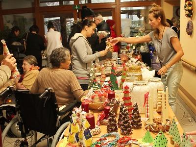 V Domově důchodců Pohoda odstartoval vánoční trh