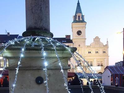 Pohodové vánoční trhy vykouzlily v Turnově adventní náladu