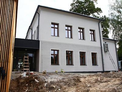 Slavnostní otevření Základní školy Mašov se blíží