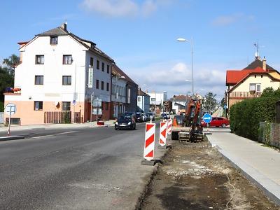 Nádražní ulici a viadukt v Turnově čekají poslední uzavírky
