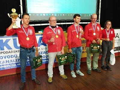 Turnov hostil český šampionát v bleskovém a rapid šachu družstev