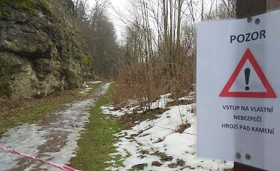Stezka pod Hrubým Rohozcem je momentálně uzavřena