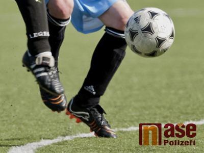 Prvními zápasy začal zimní turnaj v Lomnici nad Popelkou