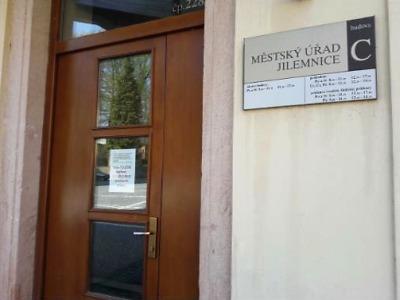 Evidence řidičů a vozidel v Jilemnici do 7. května uzavřena