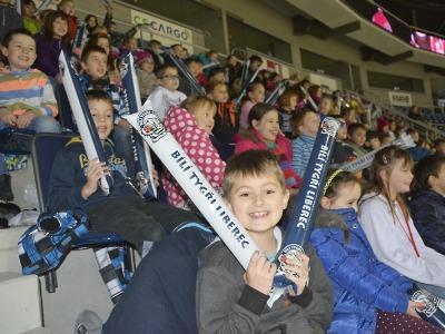 Liberecká Arena potěšila děti akcí Vánoce v aréně