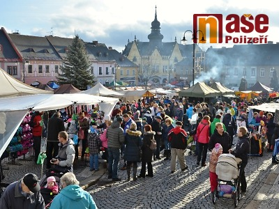 Vánoční jarmark opět obsadí jilemnické náměstí