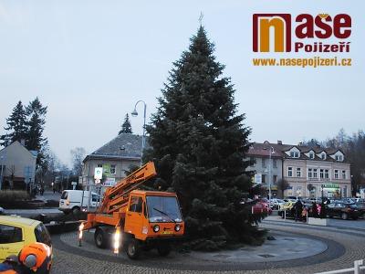 V Semilech zvou na slavnostní rozsvěcení vánočního stromu