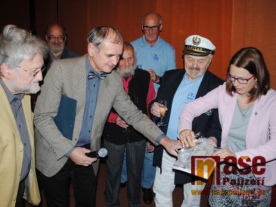 FOTO: Miroslava Prokeše připomíná kniha Veselý život docenta Proška