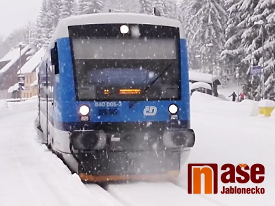 VIDEO: Jízda vlakem z Harrachova ve sněhové vánici