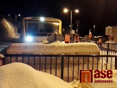 Vlak narazil ve Smržovce do zábrany na konci kolejiště